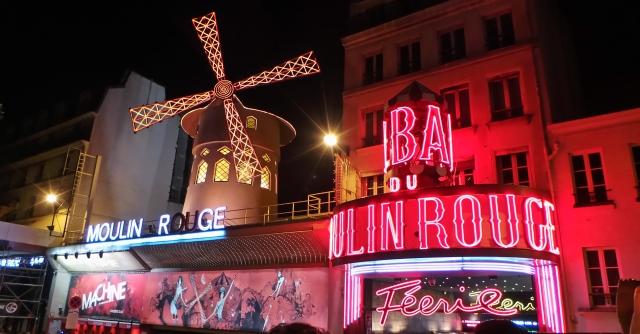 Moulin Rouge, em Paris.
