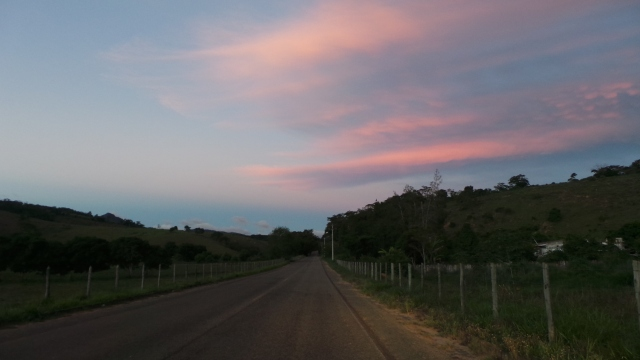 Vista oposta à foto anterior,, em direção a Miracema.
