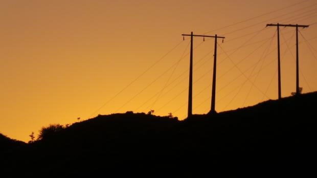 Linhas de transmissão da luz solar (ES-484, próximo a São José do Calçado).